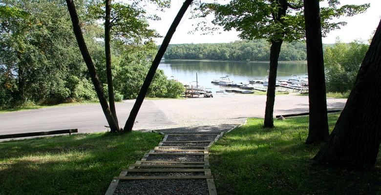 Fish trap resort cushing minnesota for Fish trap lake mn