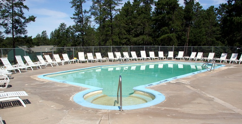 Pool at Breeze RV Resort on Eagle Lake