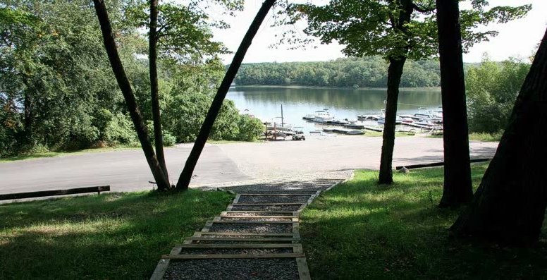 Eagle Lake at Breeze RV Resort